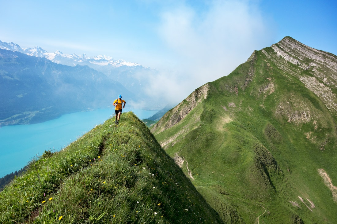 As soon as you pass tree line, you are on the ridge proper and will stay on it for almost the entire route.