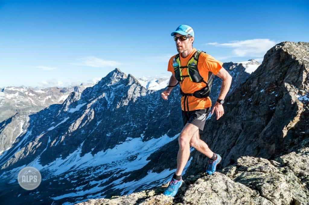 Using an Osprey Duro 15 liter trail running pack