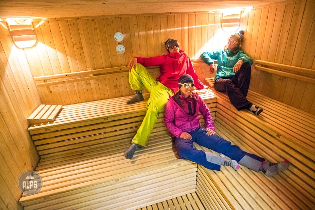 Rifugio Pizzini sauna, Ortler ski tour